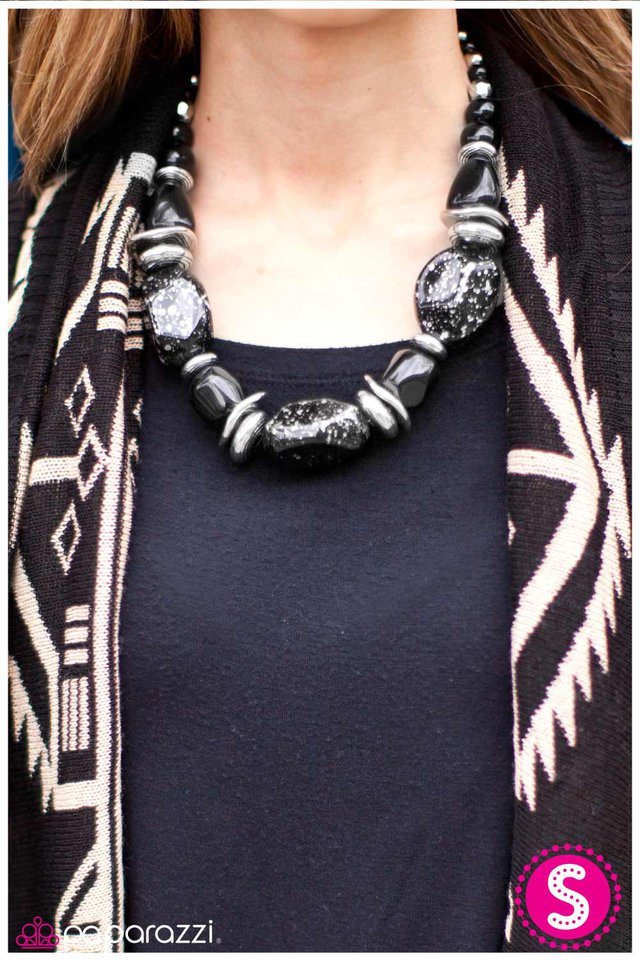 Paparazzi Accessories In Good Glazes Black