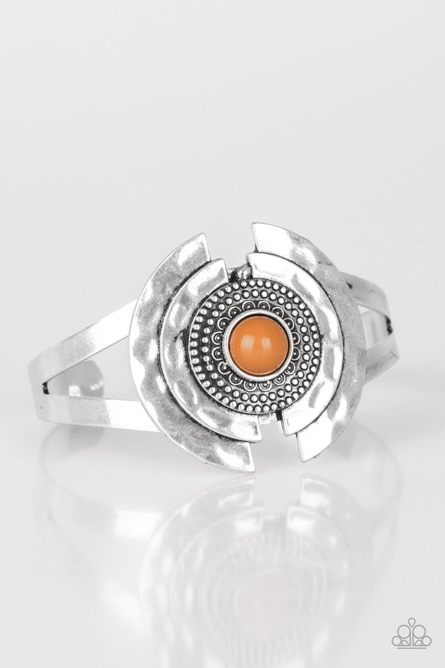 Incredibly Indie - Brown - Paparazzi Bracelet Image