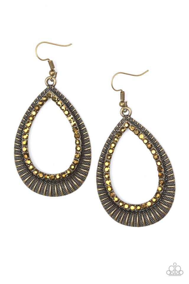 Right As REIGN - Brass - Paparazzi Earring Image