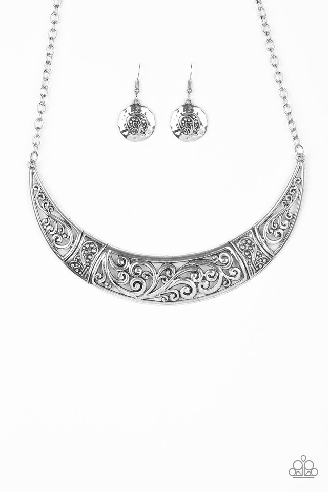 Bull In A China Shop - Silver - Paparazzi Necklace Image