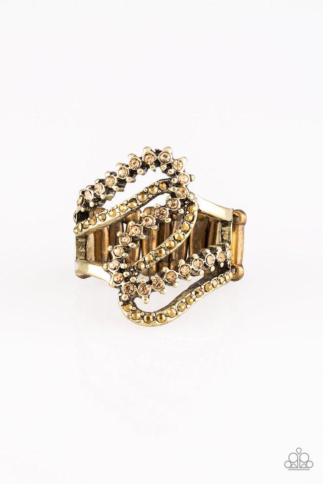 Make Waves - Brass - Paparazzi Ring Image
