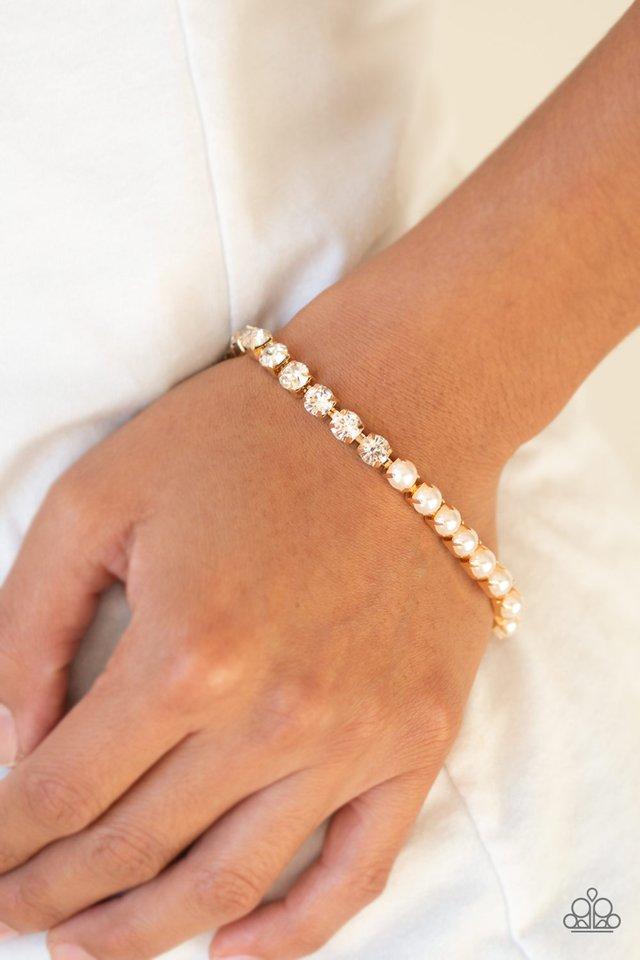 Out Like A SOCIALITE - Gold - Paparazzi Bracelet Image