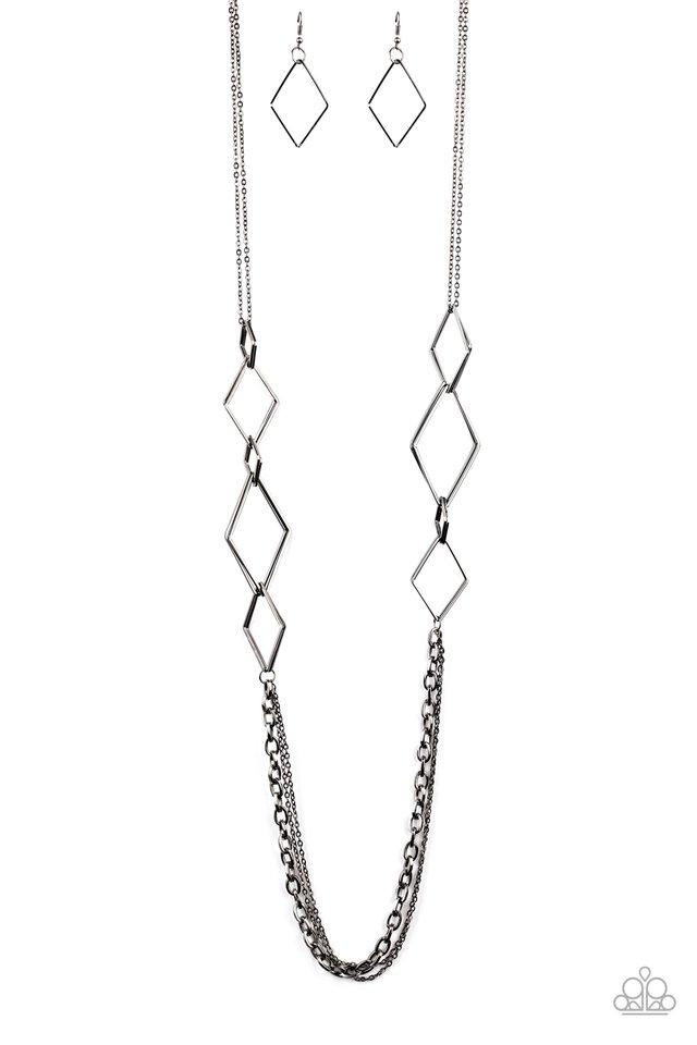 Fashion Fave - Black - Paparazzi Necklace Image