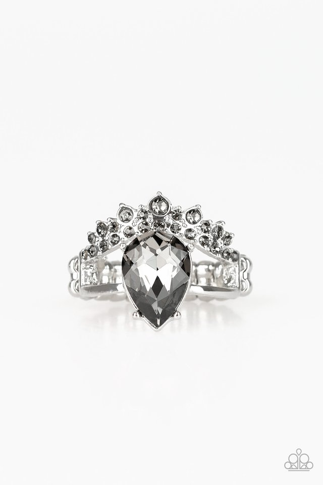 If The Crown Fits - Silver - Paparazzi Ring Image