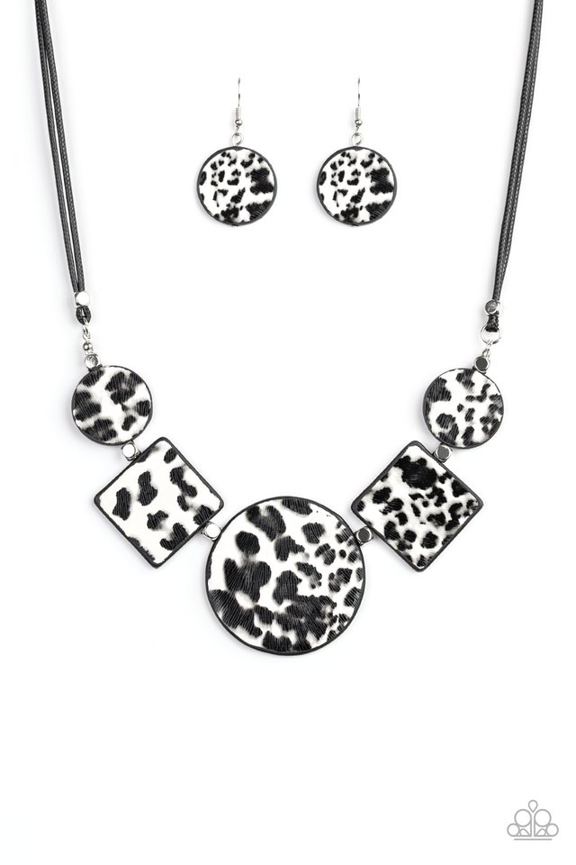 Here Kitty Kitty - White - Paparazzi Necklace Image