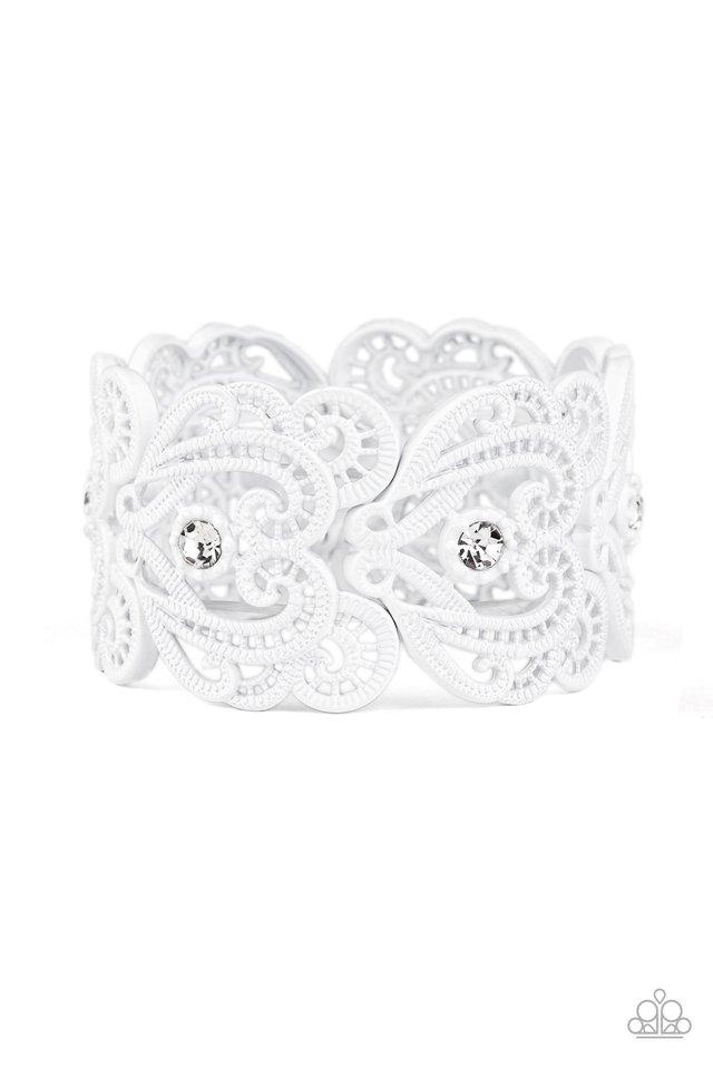 Vintage Romance - White - Paparazzi Bracelet Image
