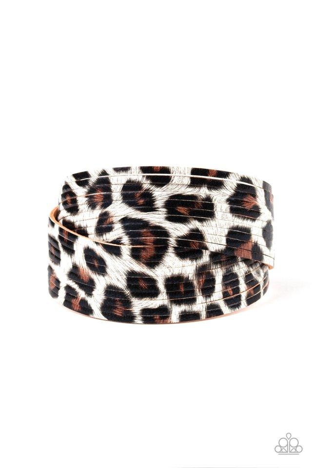 Hey GRRirl - White - Paparazzi Bracelet Image