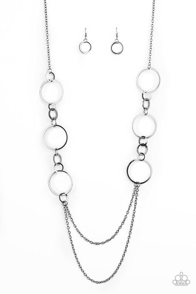 Basic Babe - Black - Paparazzi Necklace Image