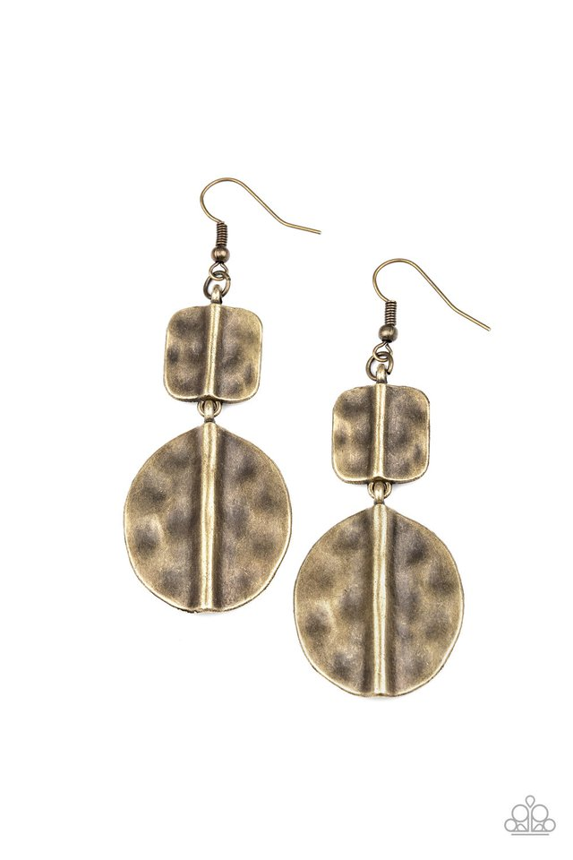 Lure Allure - Brass - Paparazzi Earring Image