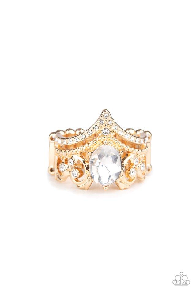Metro Queen - Gold - Paparazzi Ring Image