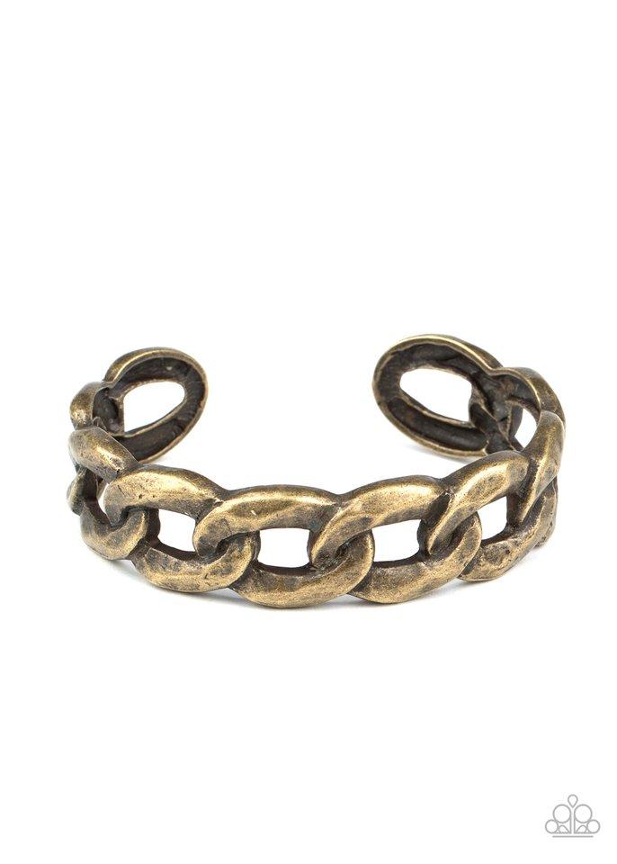 Living Off The GRIT - Brass - Paparazzi Bracelet Image