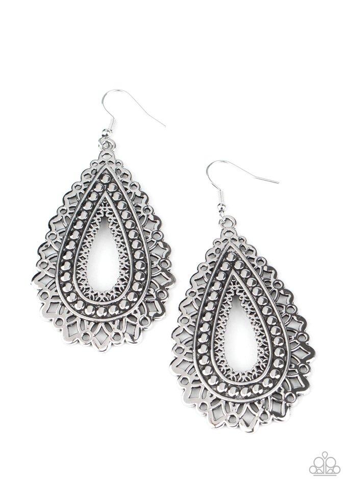 Texture Garden - Silver - Paparazzi Earring Image