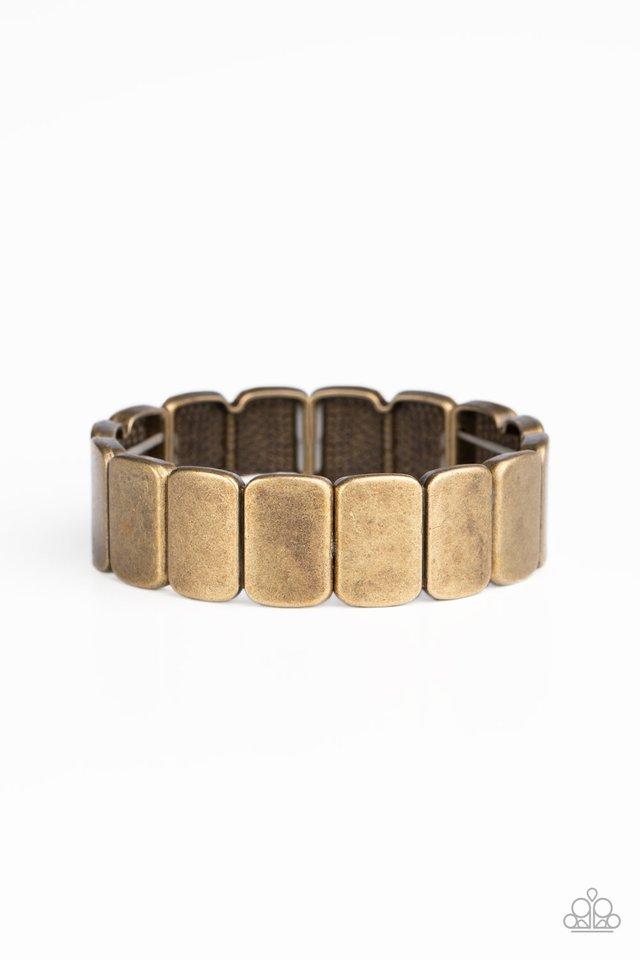 Retro Effect - Brass - Paparazzi Bracelet Image