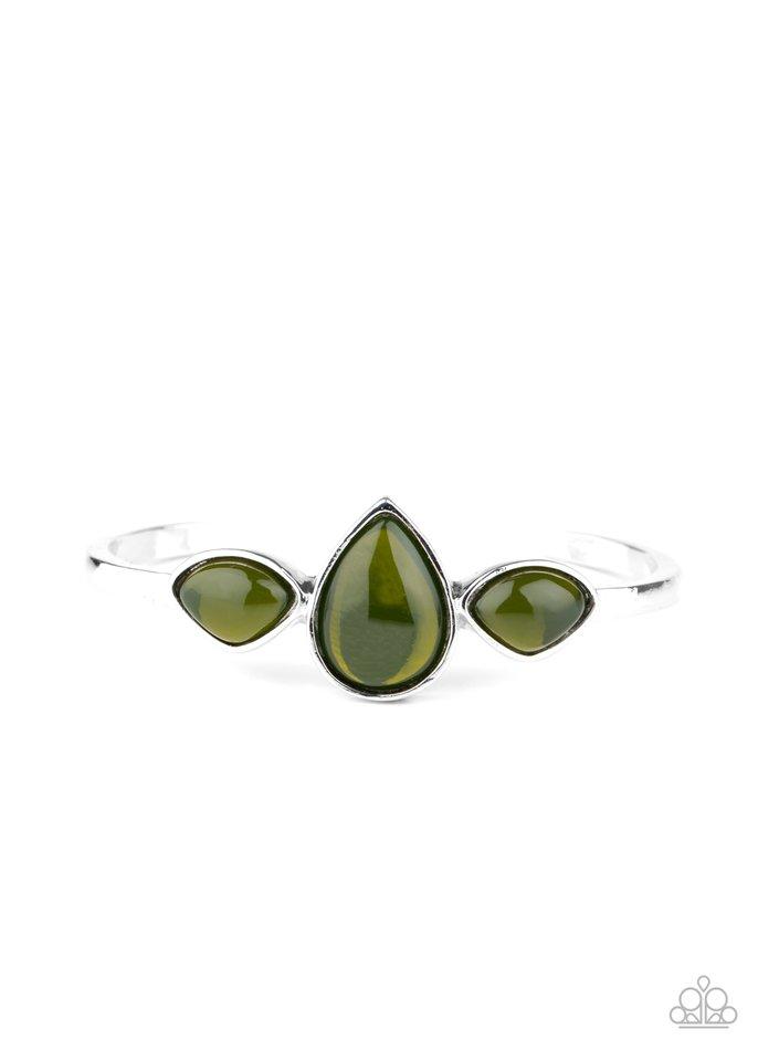 Boho Beach Babe - Green - Paparazzi Bracelet Image