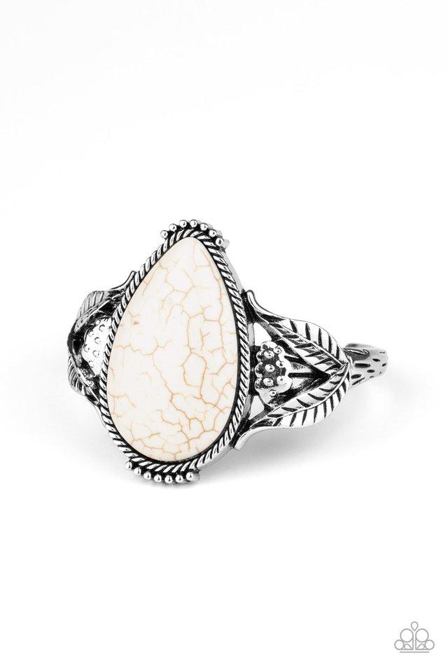 Blooming Oasis - White - Paparazzi Bracelet Image