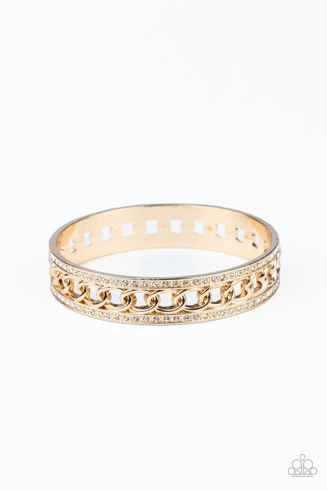 Couture Court - Gold - Paparazzi Bracelet Image