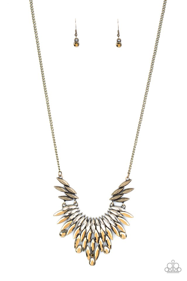 Leave it to LUXE - Brass - Paparazzi Necklace Image