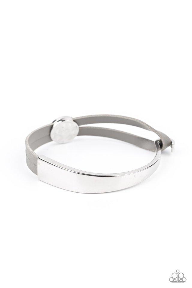 A Notch Above The Rest - Silver - Paparazzi Bracelet Image
