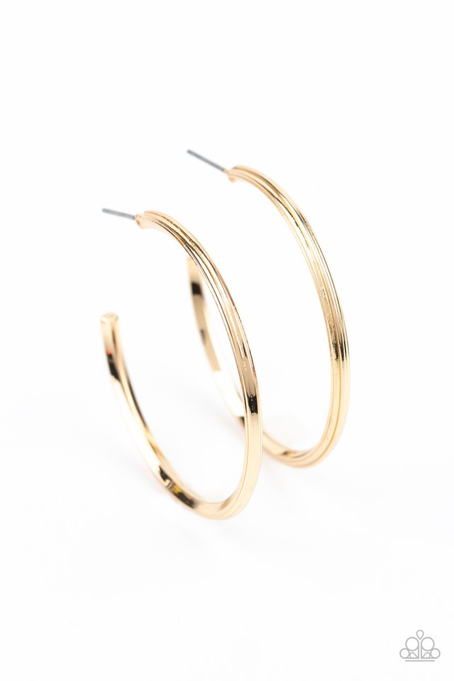 Chic As Can Be - Gold - Paparazzi Earring Image