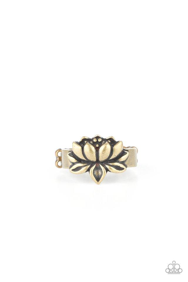 Lotus Crowns - Brass - Paparazzi Ring Image