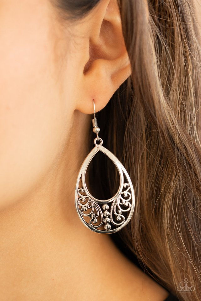 Stylish Serpentine - Silver - Paparazzi Earring Image