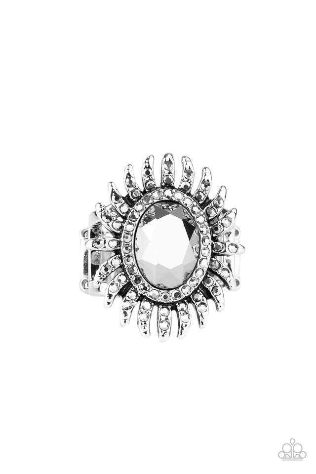 Ultra Luxe - Silver - Paparazzi Ring Image
