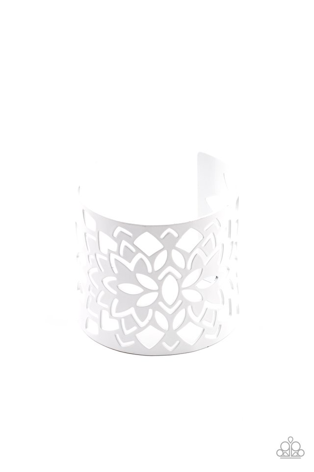 Hacienda Hotspot - White - Paparazzi Bracelet Image