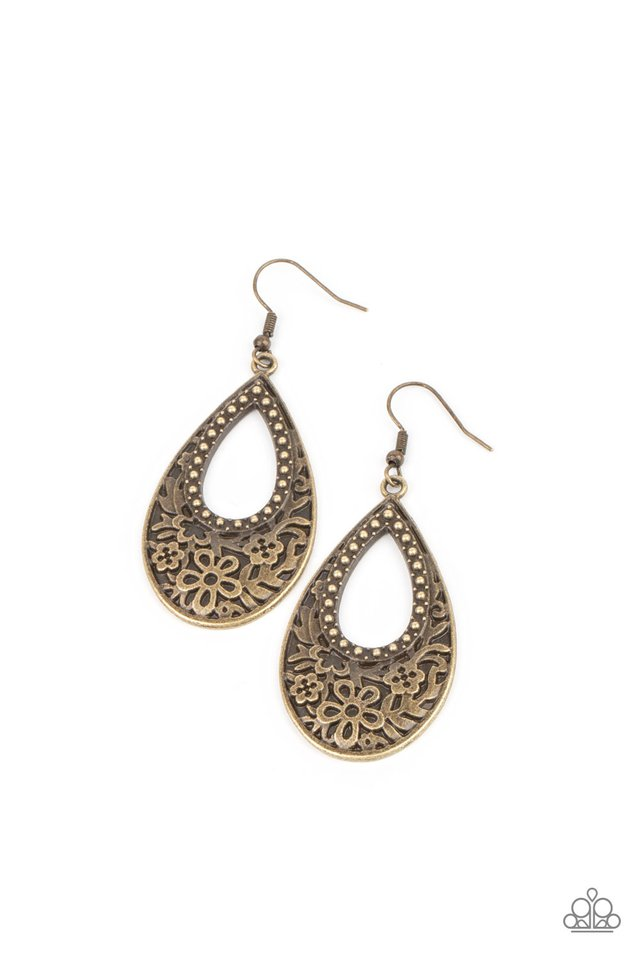Organically Opulent - Brass - Paparazzi Earring Image