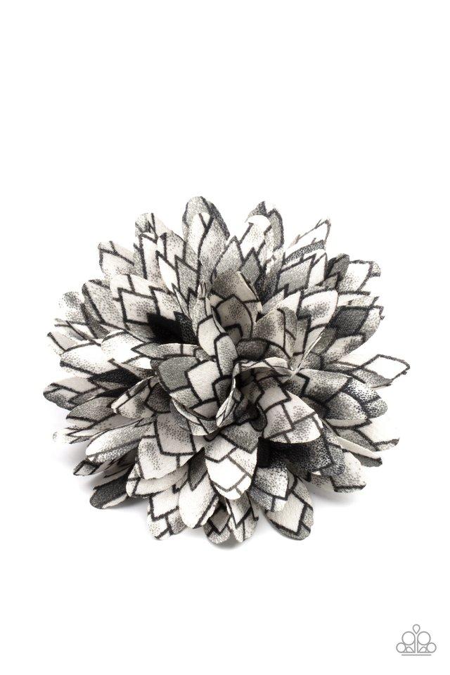 Vanguard Gardens - Black - Paparazzi Hair Accessories Image