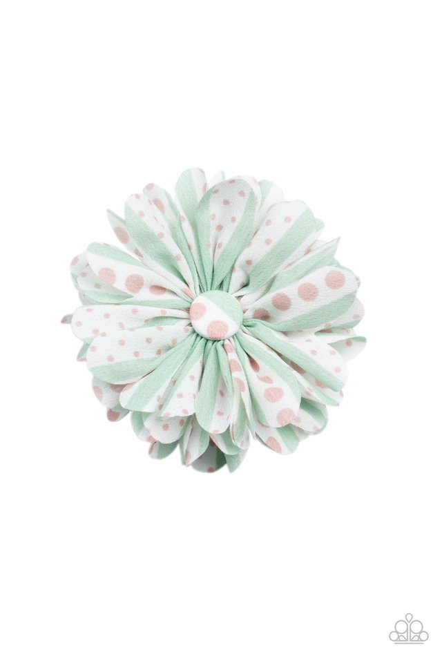 Got A Good Thing GROWING - Green - Paparazzi Hair Accessories Image