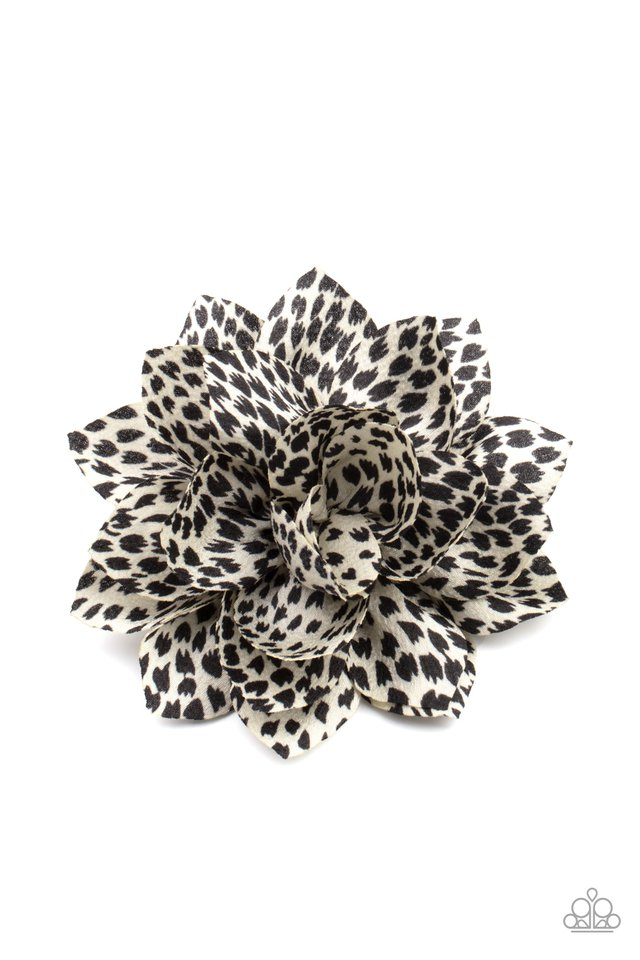 Deep In The Jungle - White - Paparazzi Hair Accessories Image