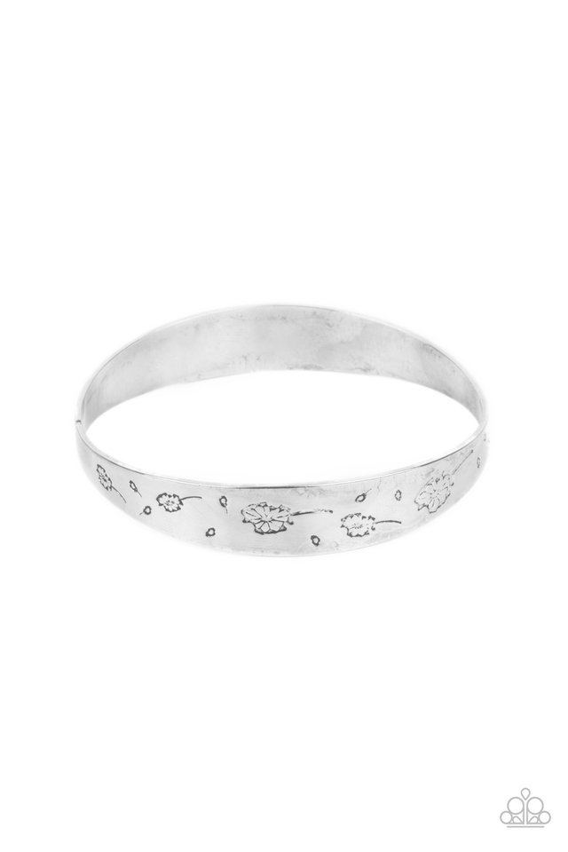 Dandelion Dreamland - Silver - Paparazzi Bracelet Image