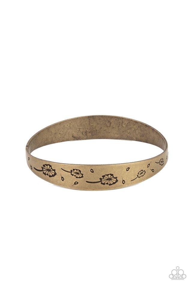 Dandelion Dreamland - Brass - Paparazzi Bracelet Image
