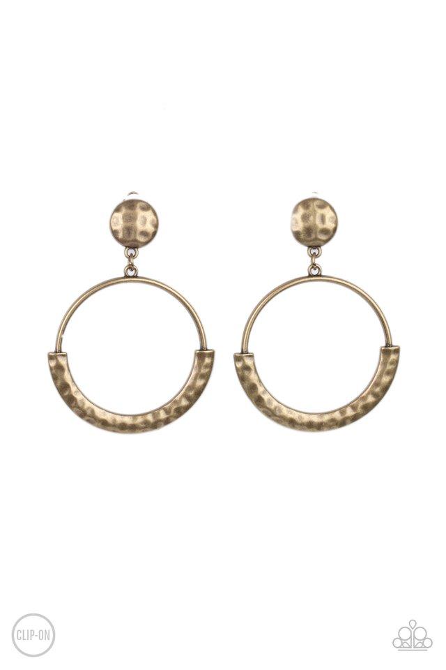 Rustic Horizons - Brass - Paparazzi Earring Image