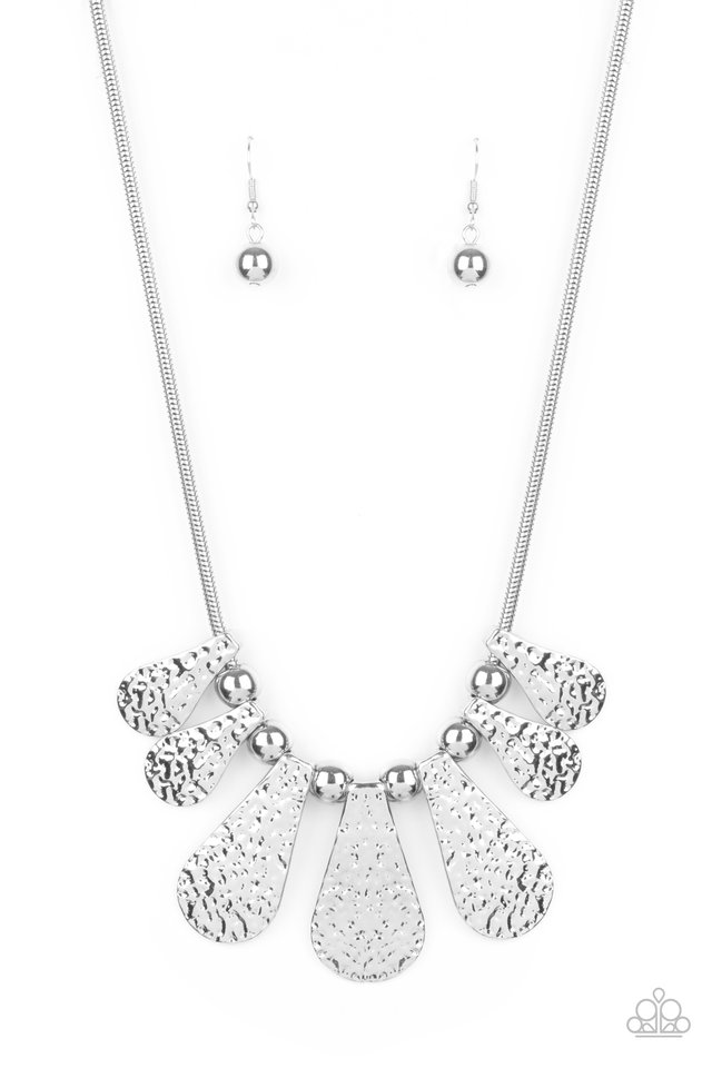 Gallery Goddess - Silver - Paparazzi Necklace Image