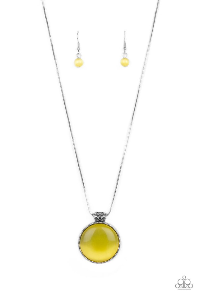 Look Into My Aura - Yellow - Paparazzi Necklace Image