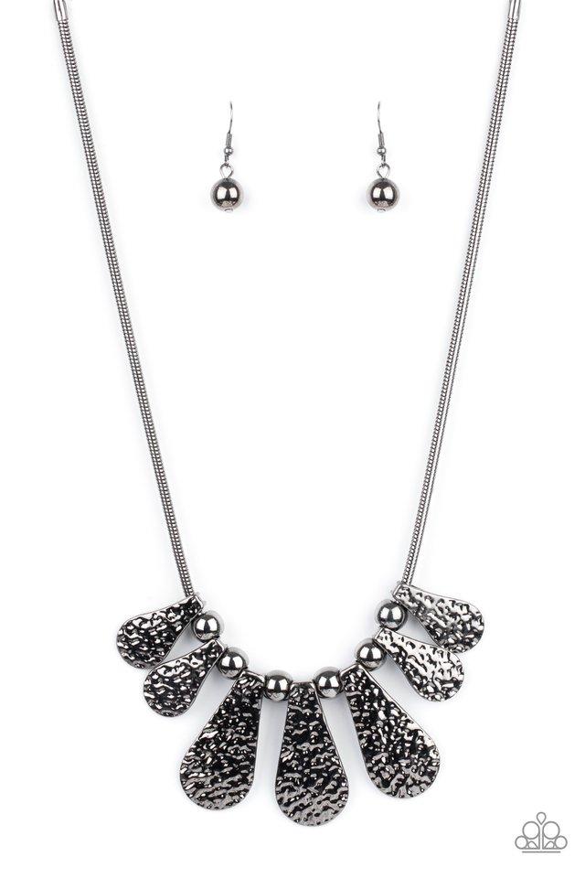 Gallery Goddess - Black - Paparazzi Necklace Image