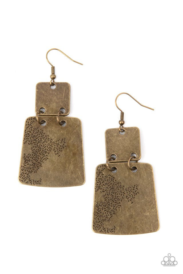 Tagging Along - Brass - Paparazzi Earring Image