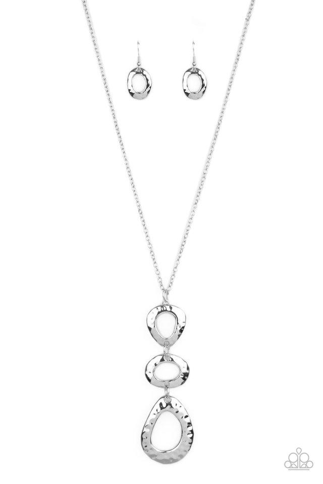 Gallery Artisan - Silver - Paparazzi Necklace Image