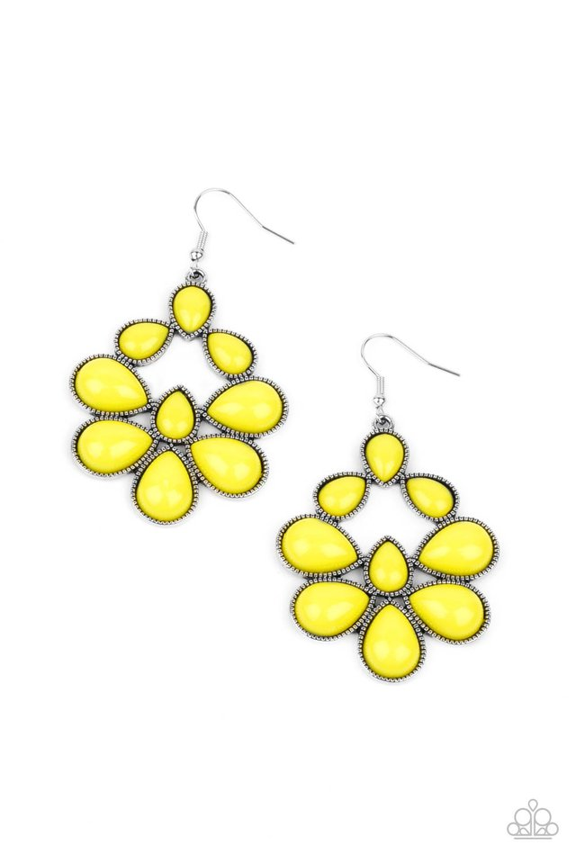 In Crowd Couture - Yellow - Paparazzi Earring Image