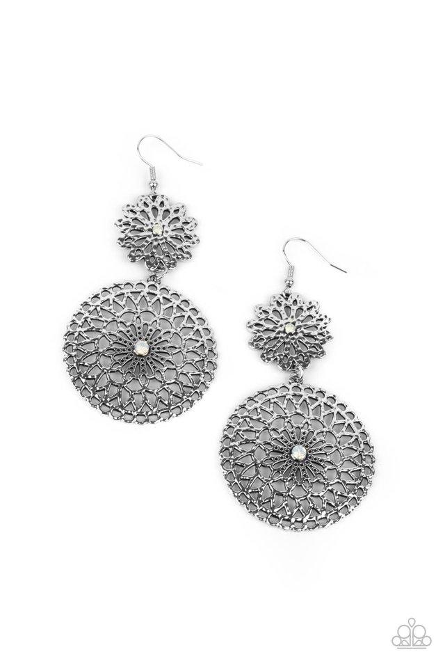 Garden Mantra - White - Paparazzi Earring Image