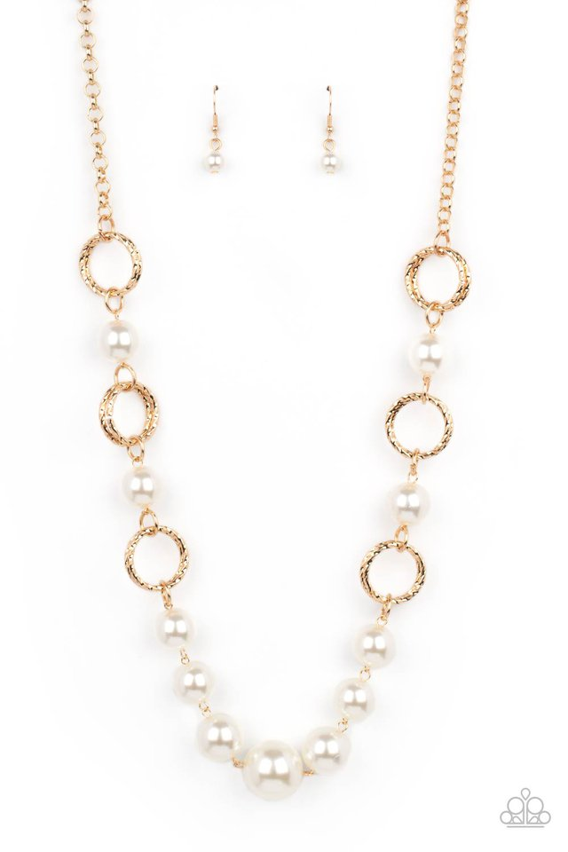 COUNTESS Me In - Gold - Paparazzi Necklace Image