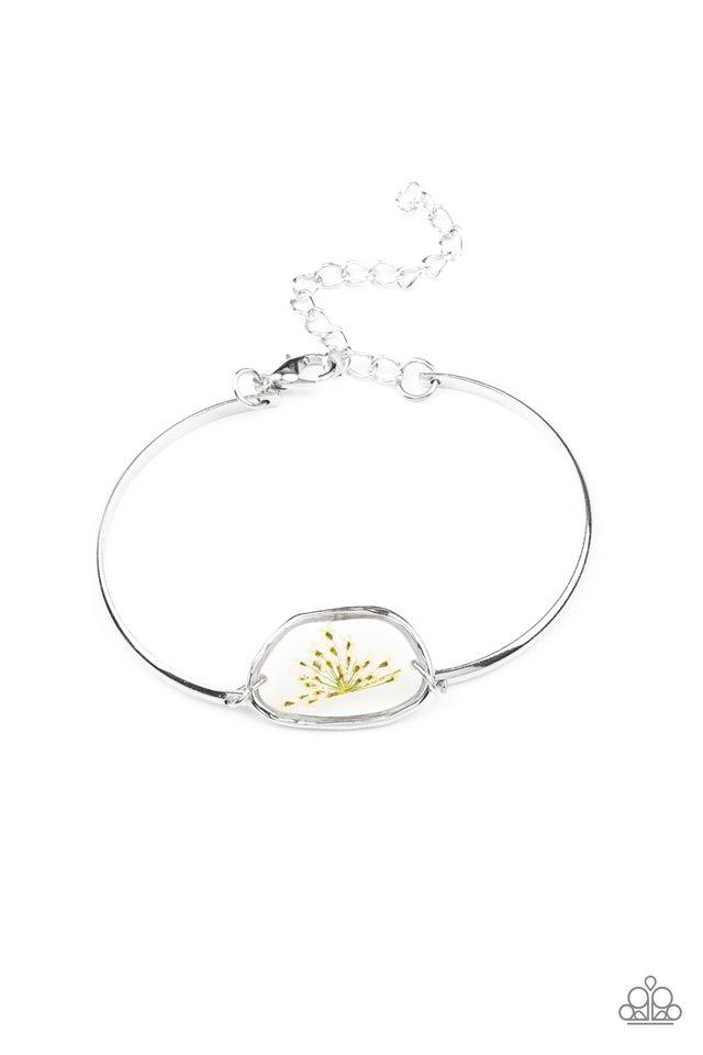 Prairie Paradise - White - Paparazzi Bracelet Image