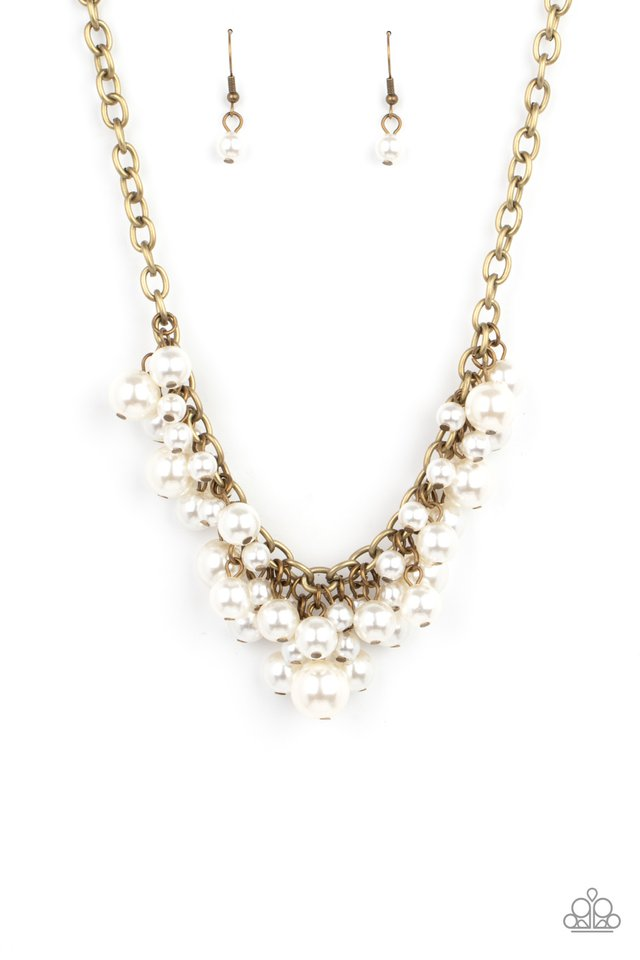 Down For The COUNTESS - Brass - Paparazzi Necklace Image