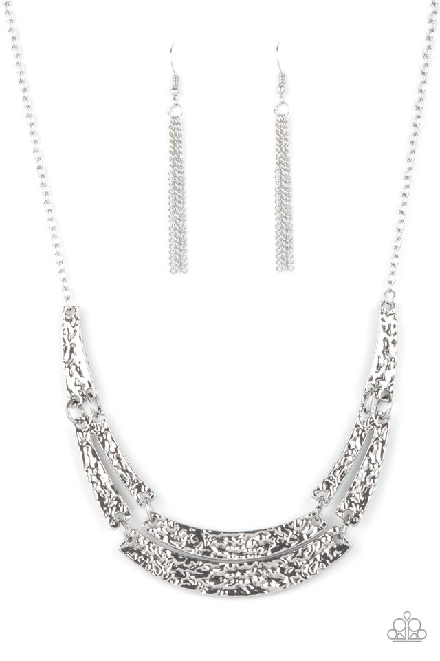 Stick To The ARTIFACTS - Silver - Paparazzi Necklace Image