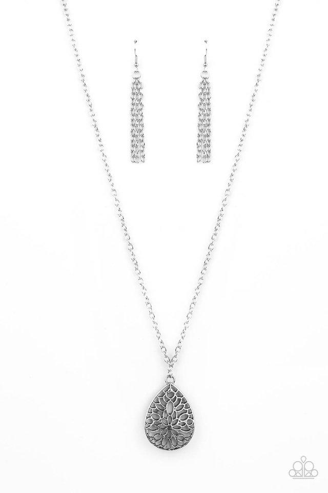 Garden Estate - Silver - Paparazzi Necklace Image