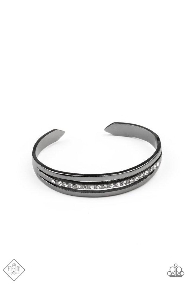 A Point Of Pride - Black - Paparazzi Bracelet Image