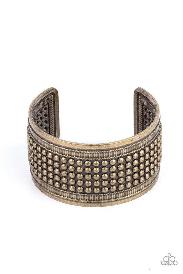 Bronco Bust - Brass - Paparazzi Bracelet Image