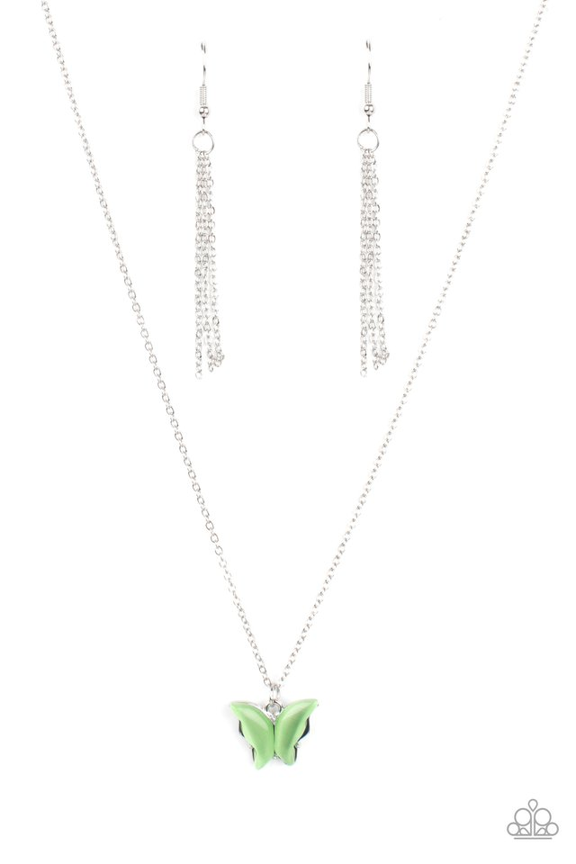 Butterfly Prairies - Green - Paparazzi Necklace Image