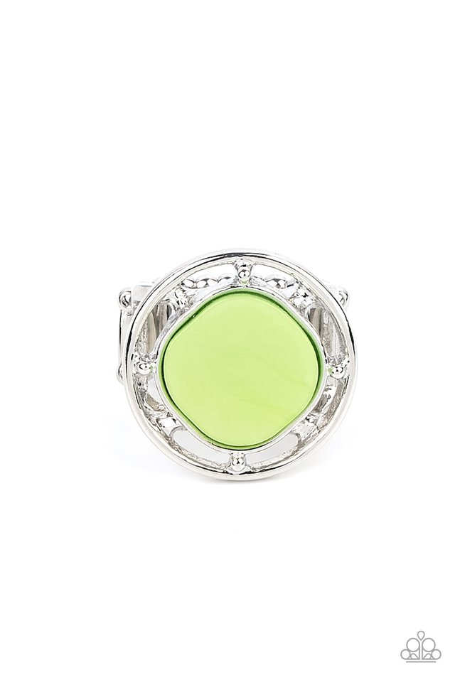 Encompassing Pearlescence - Green - Paparazzi Ring Image